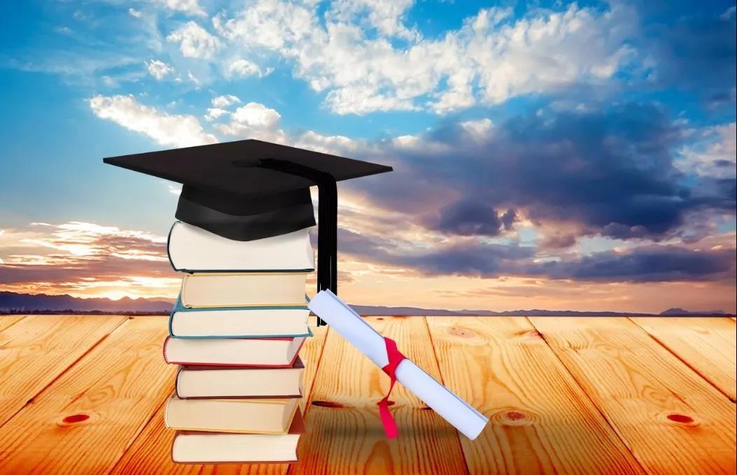 如果你有能力,再加上学历的提升,那就是锦上添花。